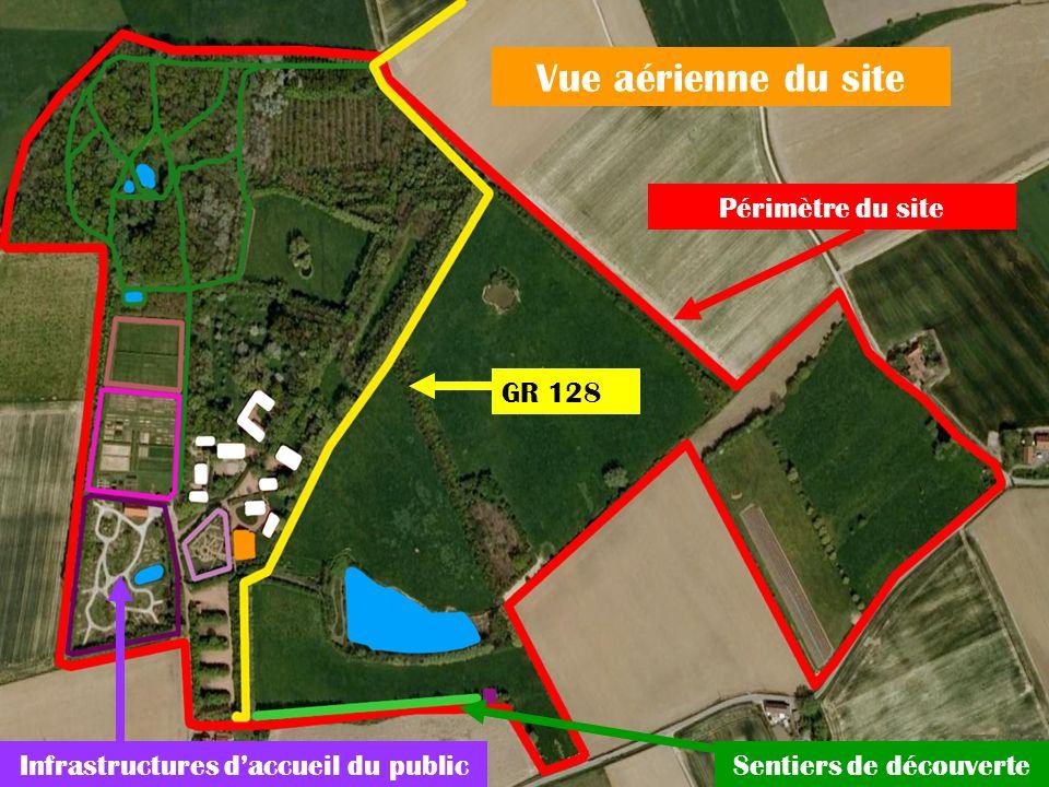 Vue aérienne du site Périmètre du site GR 128 Infrastructures daccueil du publicSentiers de découverte