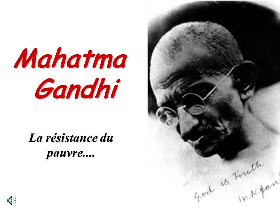 Biographie: Mohandas Karamchand (Mahatma) Gandhi (1869-1948), né en Inde, étudia le droit en Grande-Bretagne avant de passer vingt et un ans en Afrique du Sud où il se consacra à la suppression de mesures gouvernementales qu il considérait comme injustes pour la population indienne installée dans ce pays.