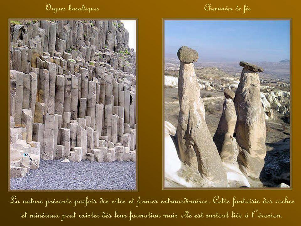 Lardoise est une roche métamorphique. La pierre ponce est une roche volcanique qui flotte grâce aux bulles de gaz quelle a contenues Une roche sédimen