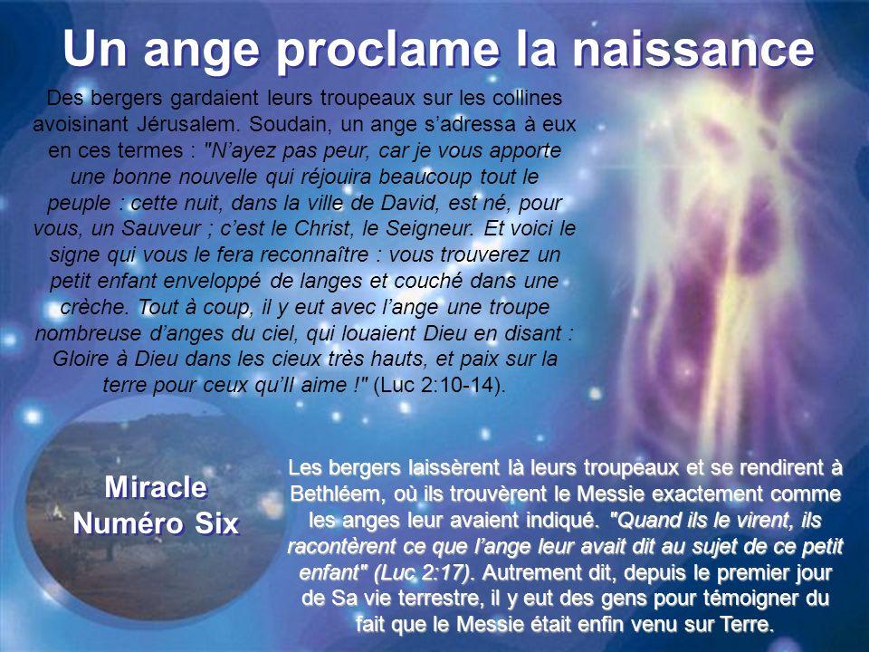 Un ange proclame la naissance Des bergers gardaient leurs troupeaux sur les collines avoisinant Jérusalem.