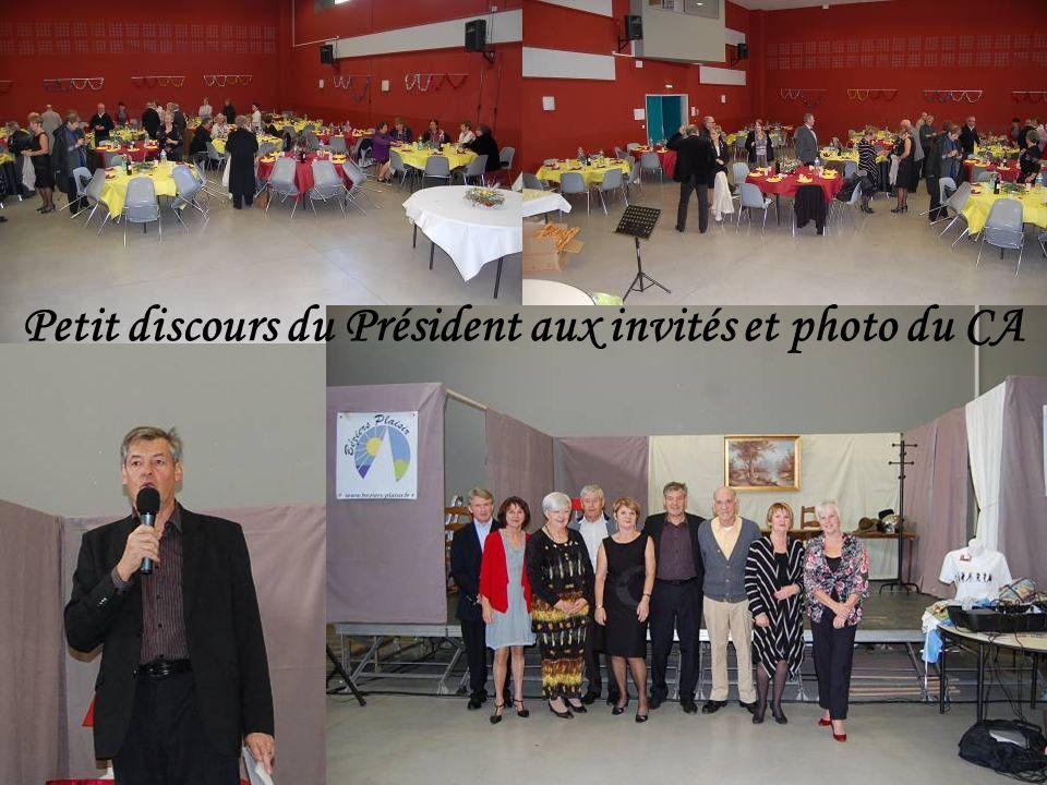Petit discours du Président aux invités et photo du CA