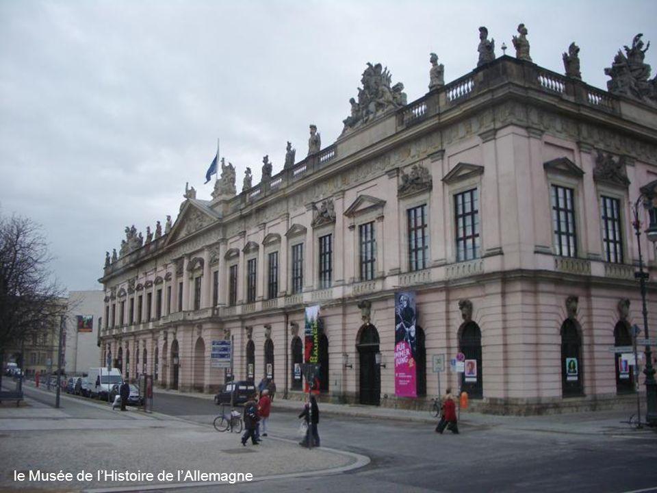 le monument de Frédéric II de Prusse
