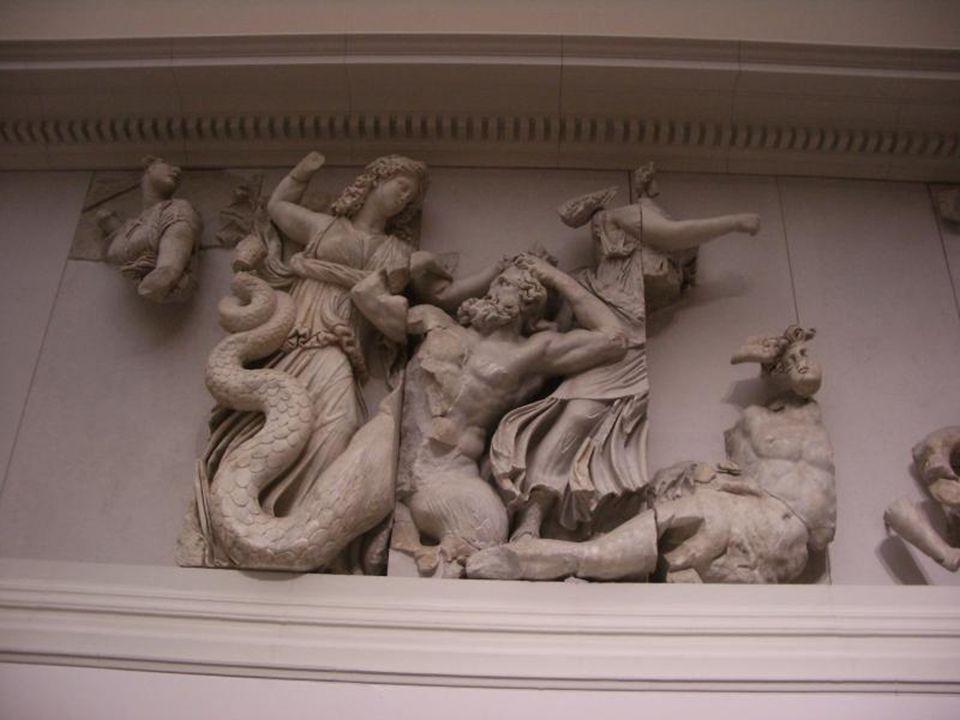 le combat des Dieux contre les Géants (détail)