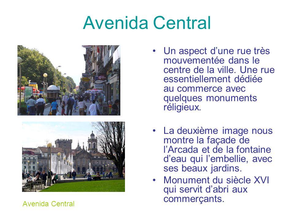 Avenida Central Un aspect dune rue très mouvementée dans le centre de la ville. Une rue essentiellement dédiée au commerce avec quelques monuments rél