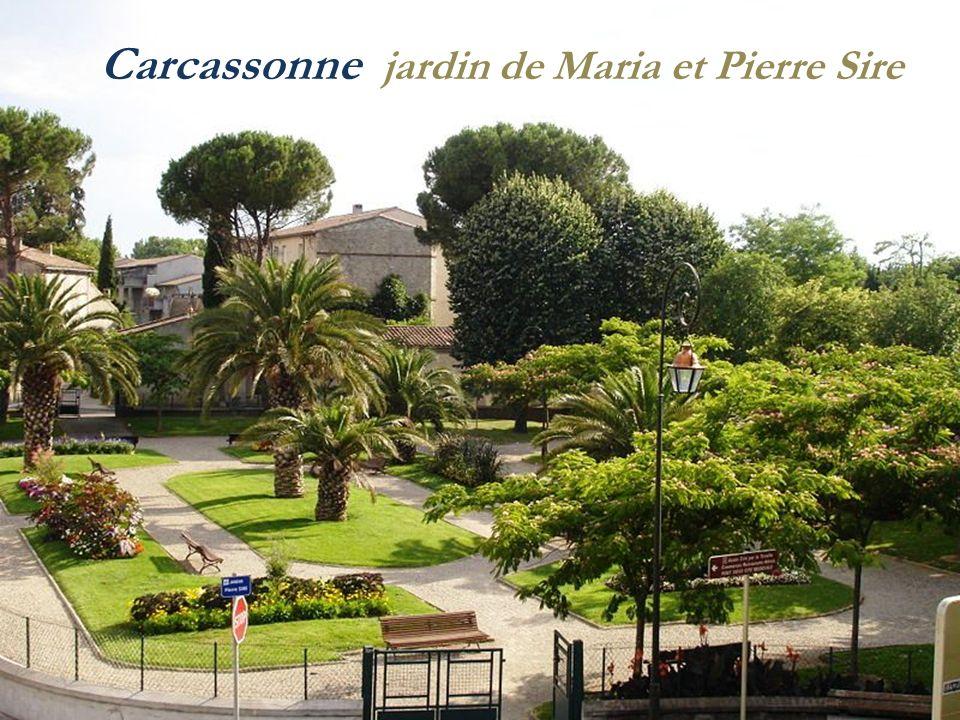 Porte Narbonnaise Carcassonne Église St-Nazaire