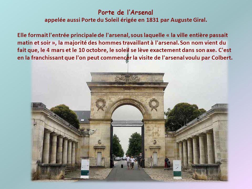Place Colbert Cette grande place porte le nom de celui qui a initié la construction de Rochefort- sur-Mer. Cest le centre de la ville. Place Colbert F