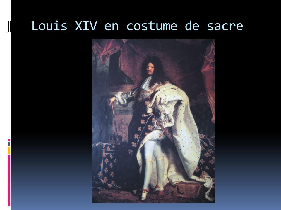 Une mise en scène Louis XIV était connu pour avoir une « taille riche et fort avantageuse ».