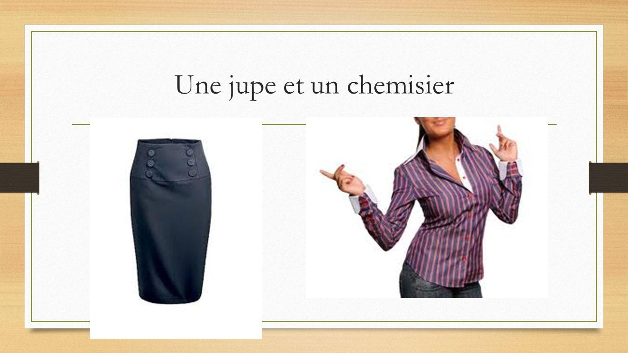 un jean et un pantalon avec une ceinture