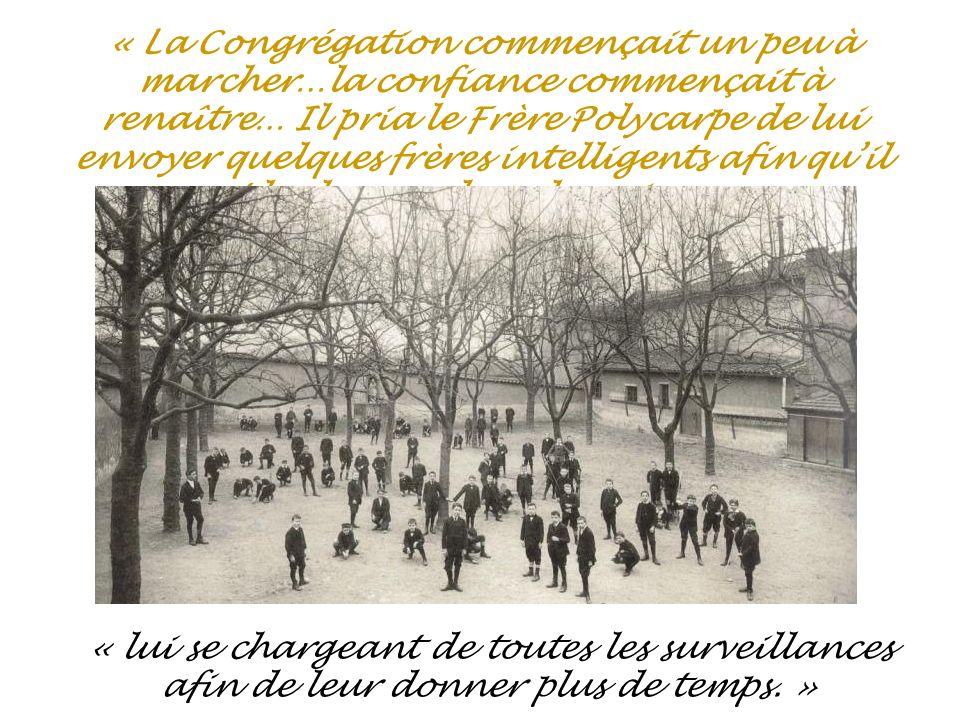 Le premier directeur du pensionnat,dabord établissement dinstruction primaire et professionnel,fut le Frère Alphonse, Jean- Baptiste Bernard; il sera également le directeur fondateur des Frères en Amérique.