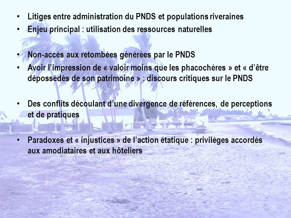 Litiges entre administration du PNDS et populations riveraines Enjeu principal : utilisation des ressources naturelles Non-accès aux retombées générée