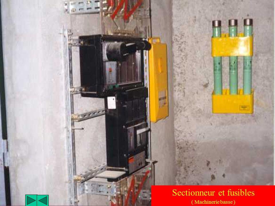 Transformateur d'alimentation ( Machinerie basse )