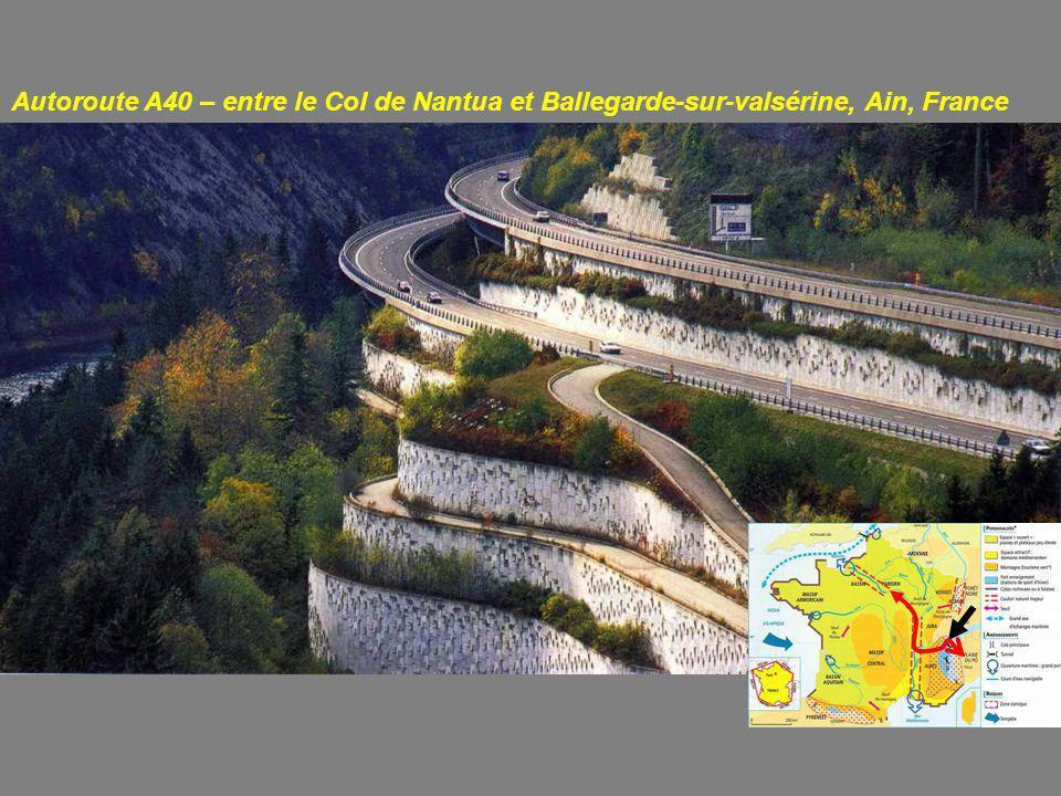 Autoroute A40 – entre le Col de Nantua et Ballegarde-sur-valsérine, Ain, France