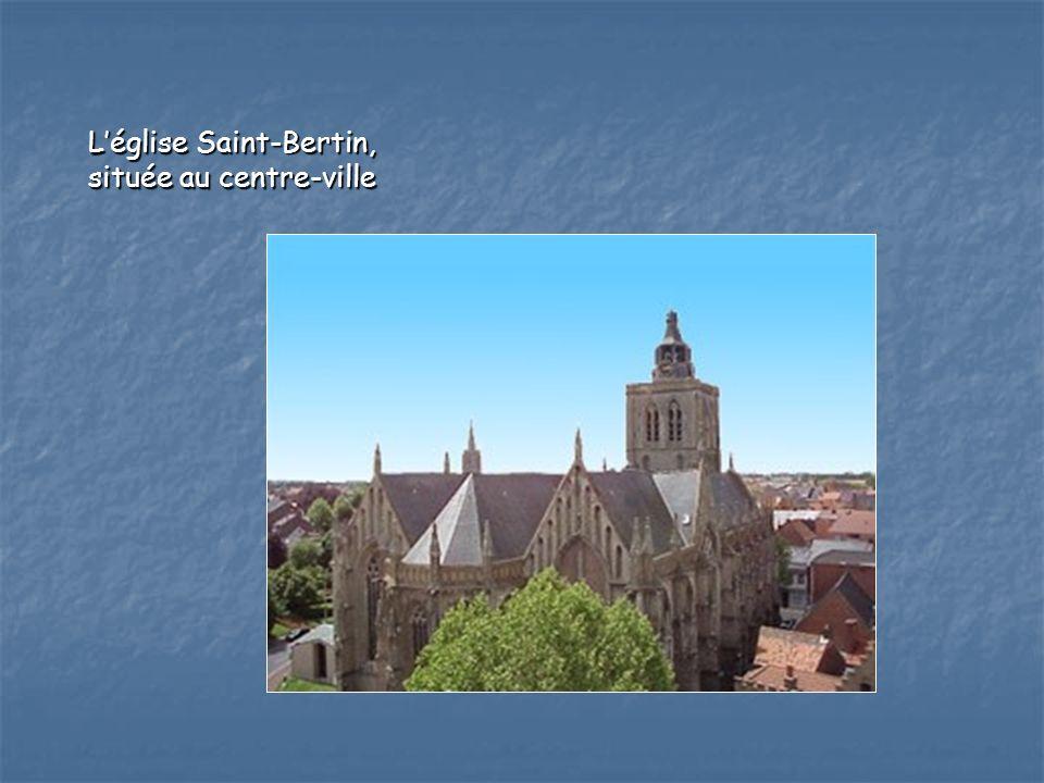 Léglise Saint-Bertin, située au centre-ville