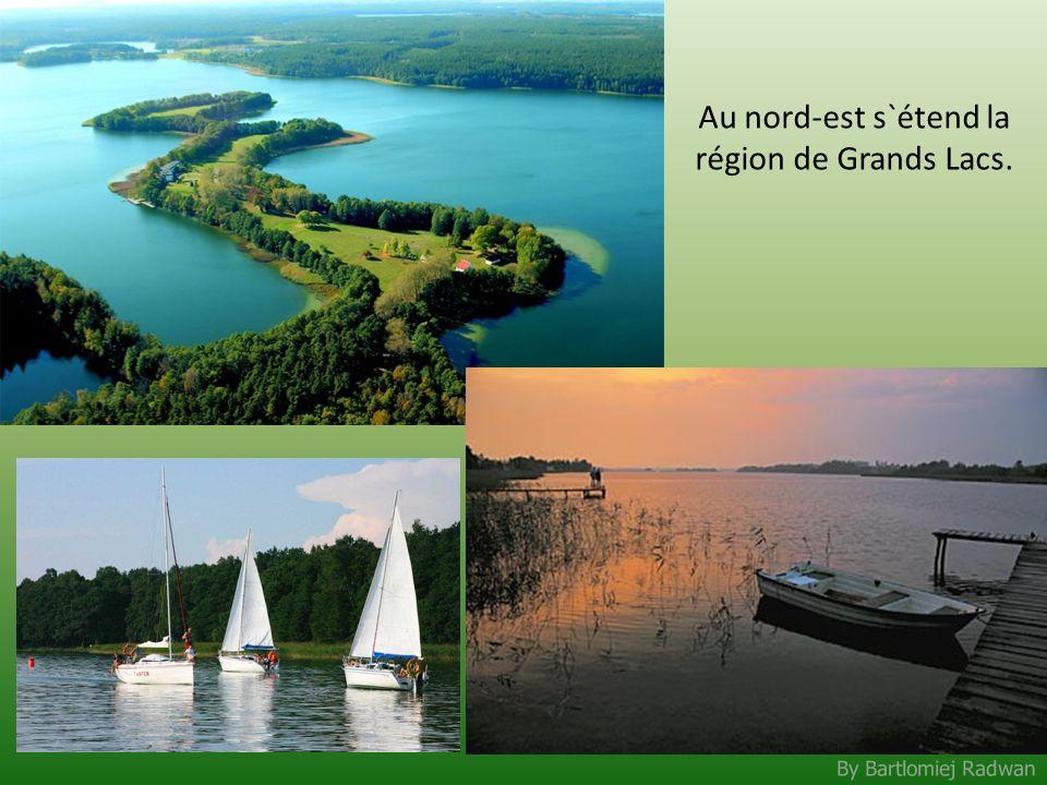 By Bartlomiej Radwan Au nord-est s`étend la région de Grands Lacs.