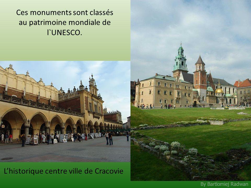 By Bartlomiej Radwan Ces monuments sont classés au patrimoine mondiale de l`UNESCO. Lhistorique centre ville de Cracovie