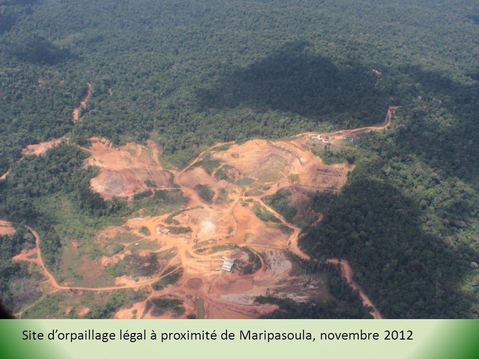 Site dorpaillage légal à proximité de Maripasoula, novembre 2012