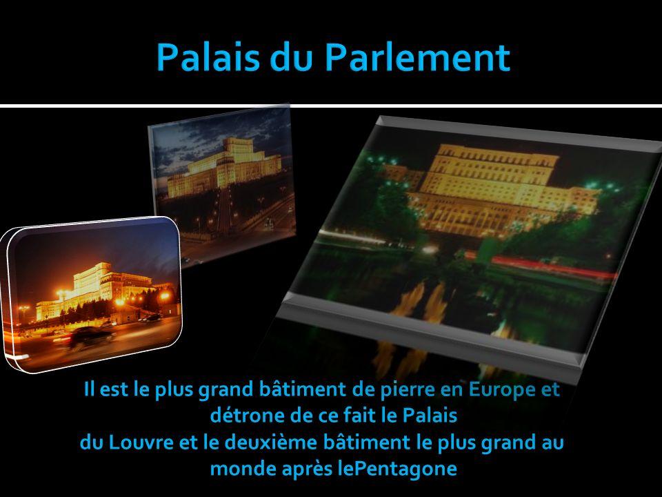 Il est le plus grand bâtiment de pierre en Europe et détrone de ce fait le Palais du Louvre et le deuxième bâtiment le plus grand au monde après lePentagone