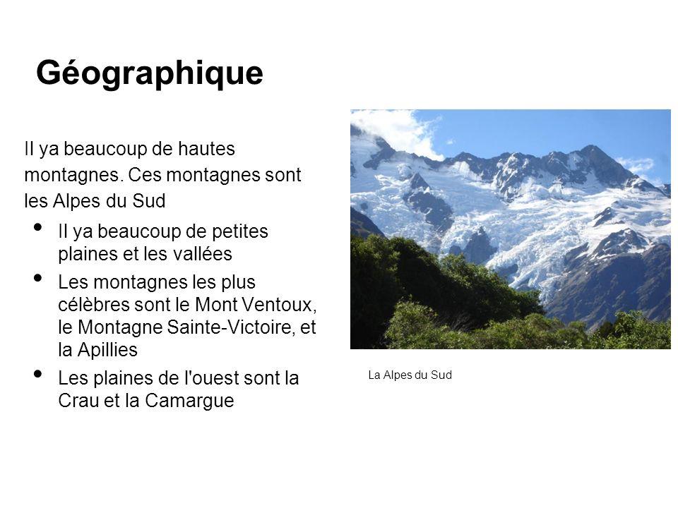 Il ya beaucoup de hautes montagnes. Ces montagnes sont les Alpes du Sud Il ya beaucoup de petites plaines et les vallées Les montagnes les plus célèbr