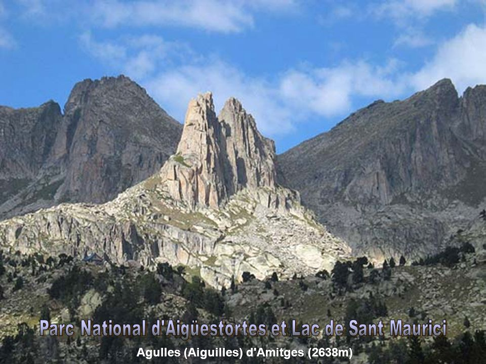 Estany de Monges (2.410m), Punta Alta (3.014m) et Montardo (2.833m)