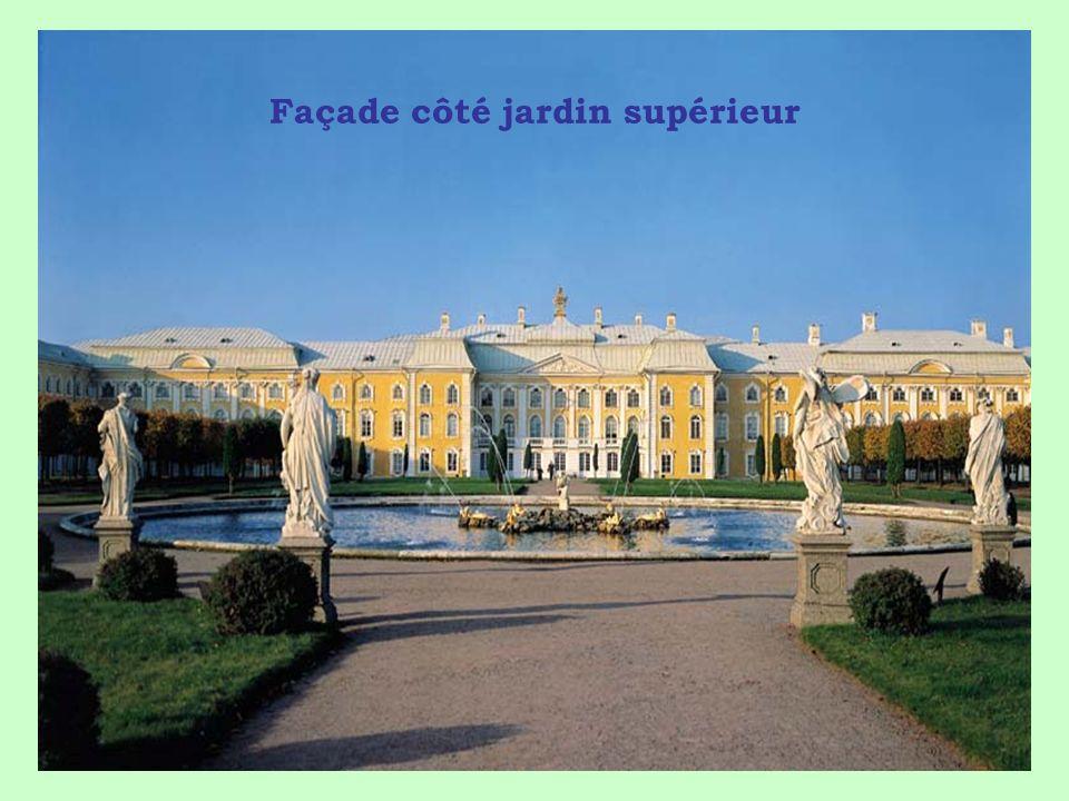 LE PALAIS DE «LA GRANDE CATHERINE» (=Catherine II) autres noms Tsarskoe Selo et Palais Pouchkine Le 26-05-2012