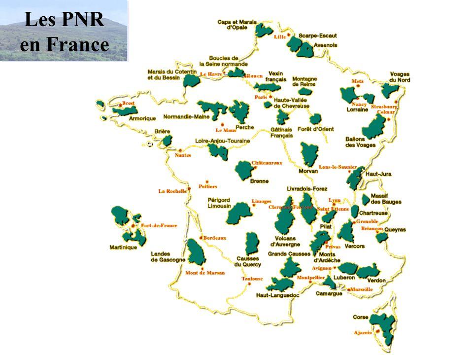 Les 40 Parcs naturels régionaux de France Armorique Avesnois Ballons des Vosges Brenne Brière Boucles de la Seine normande Camargue Caps et Marais d'O