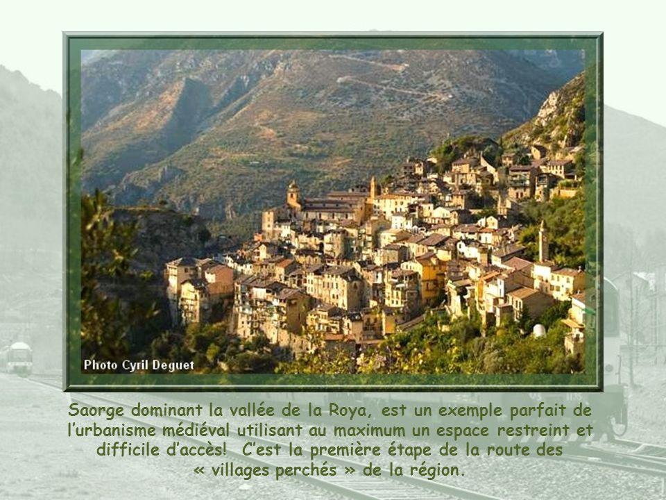 Sospel, dans la vallée de la Bévéra, fut un évêché au Ve siècle… Elle fut longtemps lieu de passage sur la Route royale également appelée route muleti
