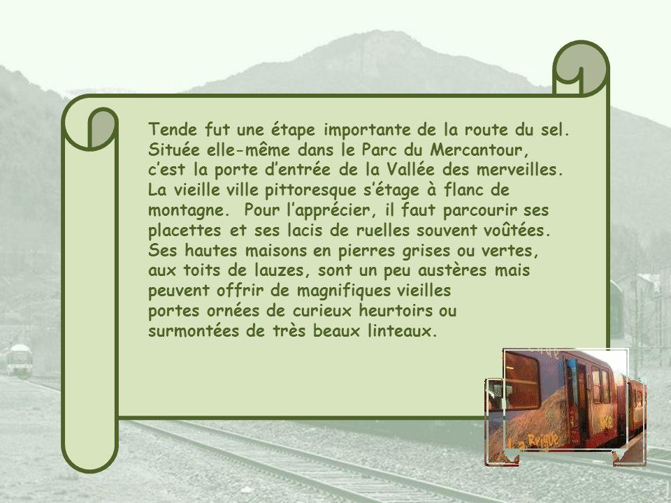 Un égaré au bord de la voie : un wagon-restaurant de lOrient-Express! La gare monumentale de Saint- Dalmas-de-Tende située dans un hameau devenu franç