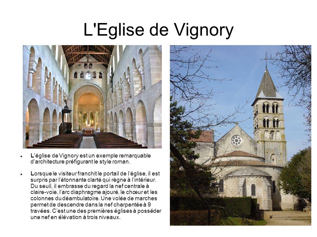 Le château de Cirey sur Blaise C'est en 1734 que Voltaire fuit Paris après la publication, à son insu, des Lettres Philosophiques (également appelées