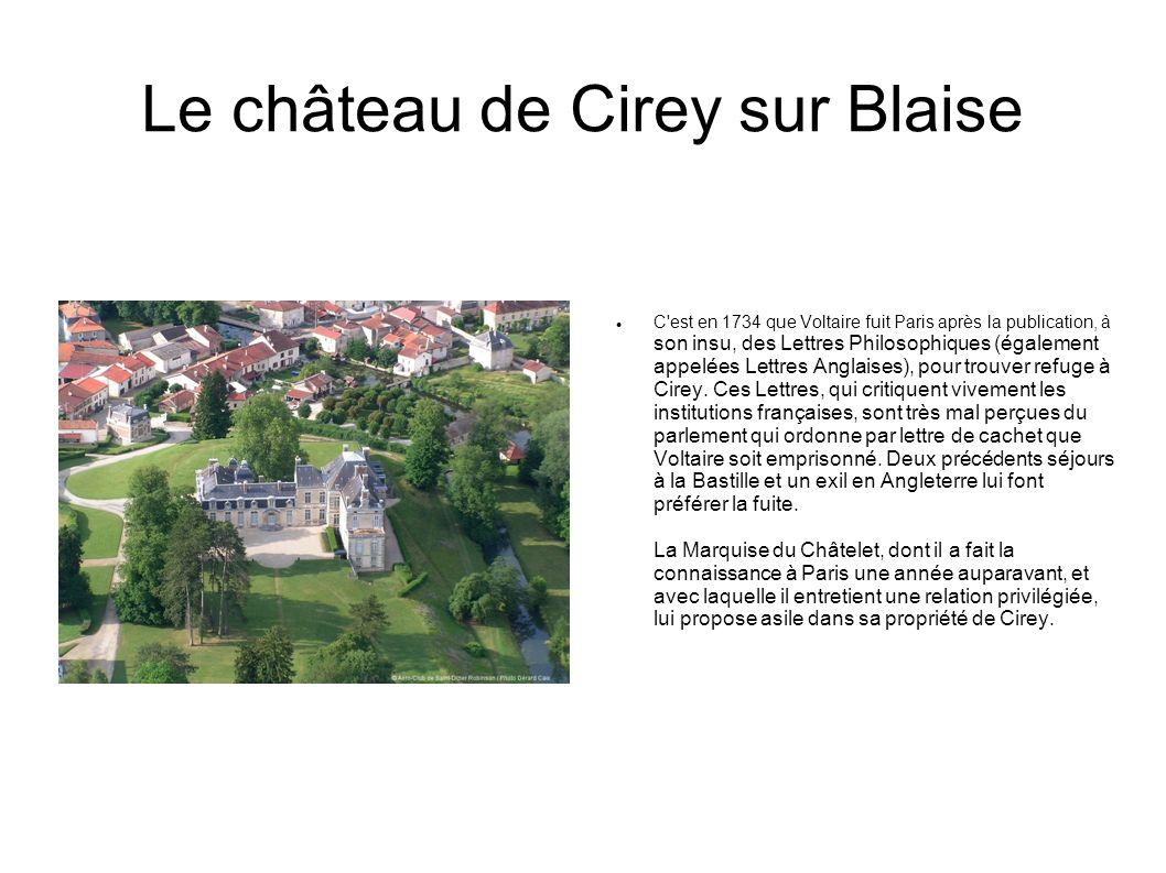 Le château d Arc en Barrois Le château fut construit en 1845 par la princesse d Orléans pour le roi Louis- Philippe, son frère (aujourd hui domaine privé).