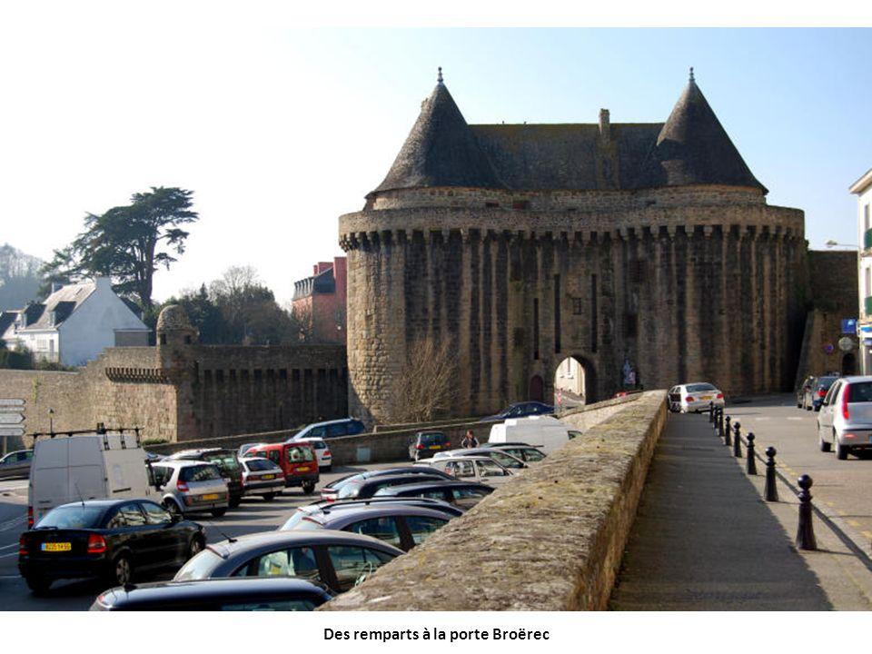Des remparts à la porte Broërec