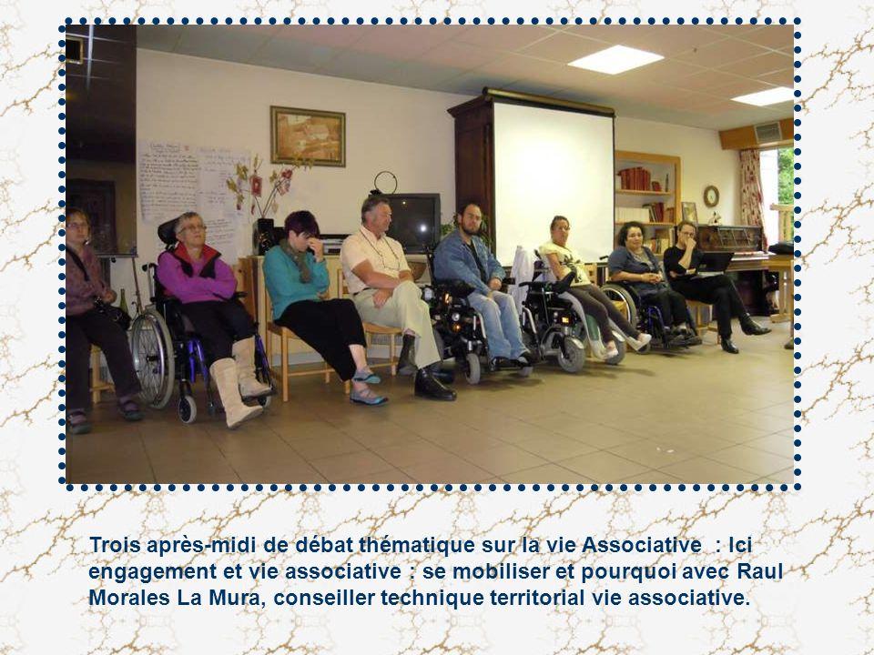 Trois après-midi de débat thématique sur la vie Associative : Ici engagement et vie associative : se mobiliser et pourquoi avec Raul Morales La Mura,