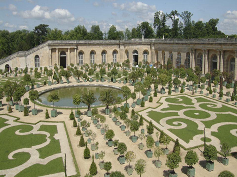 Où se trouve le château de Versailles ?