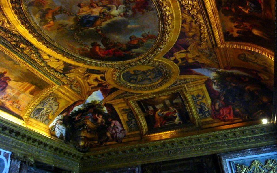 Plafond du salon d Hercule du Château de Versailles