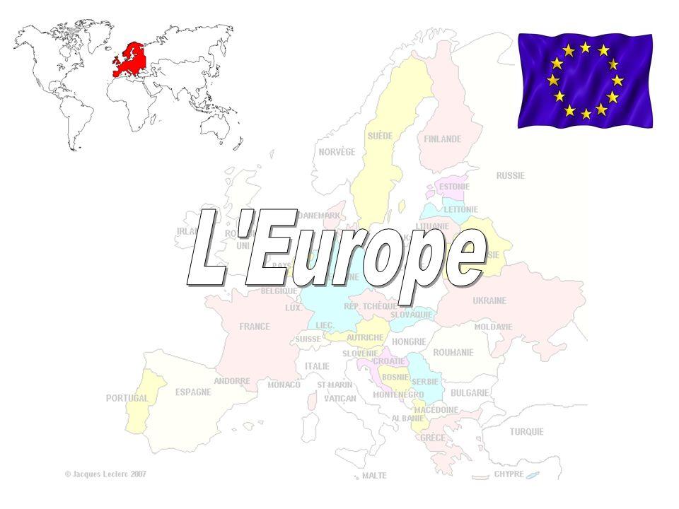SOMMAIRE Chronologie de lUnion Européenne Les drapeaux des 27 pays (exercice) La France et lEurope (exercice) La monnaie européenne: leuro (exercice) Les symboles de lUE (synthèse) Les capitales européennes (exercice) La journée de lEurope: le 9 mai Comment la population européenne se répartit-elle.
