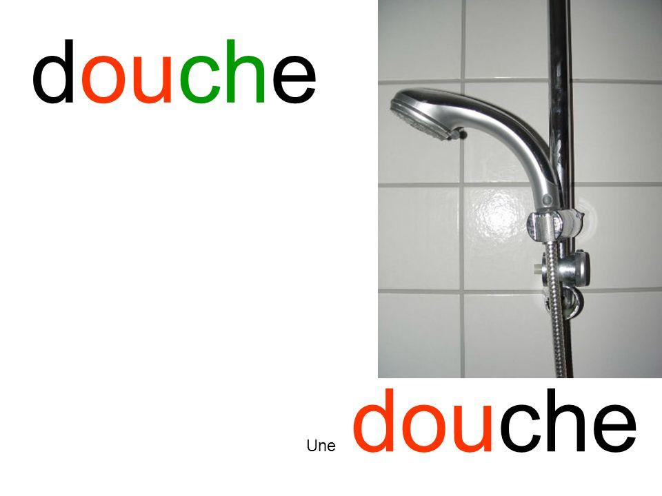 douche Une douche