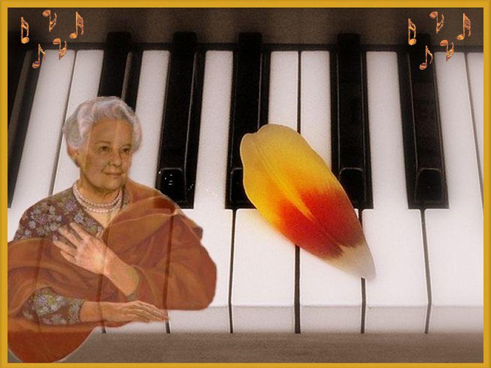 On retrouva un certain jour Un doux billet dans son piano Il était vieux, mais par amour Son cœur battait depuis toujours Pour une belle Pianissimo