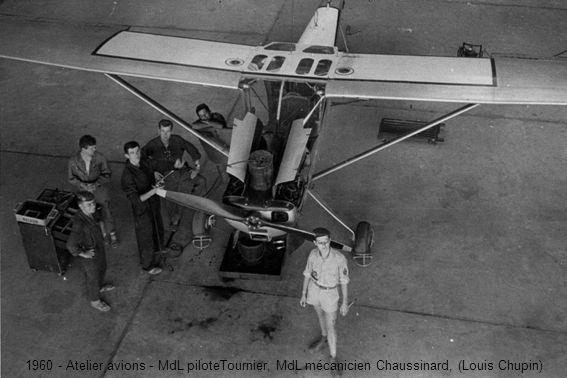 1960 - Atelier avions - MdL piloteTournier, MdL mécanicien Chaussinard, (Louis Chupin)