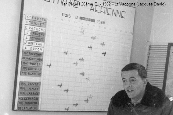 12 avril 1961 - Inspection du Gal Le Masson (cdt lALAT) - Cne Chupin, LCl Berthelot Lt x, Lt de Viloudrey, Lt Chambriard, Lt Studer (Louis Chupin),