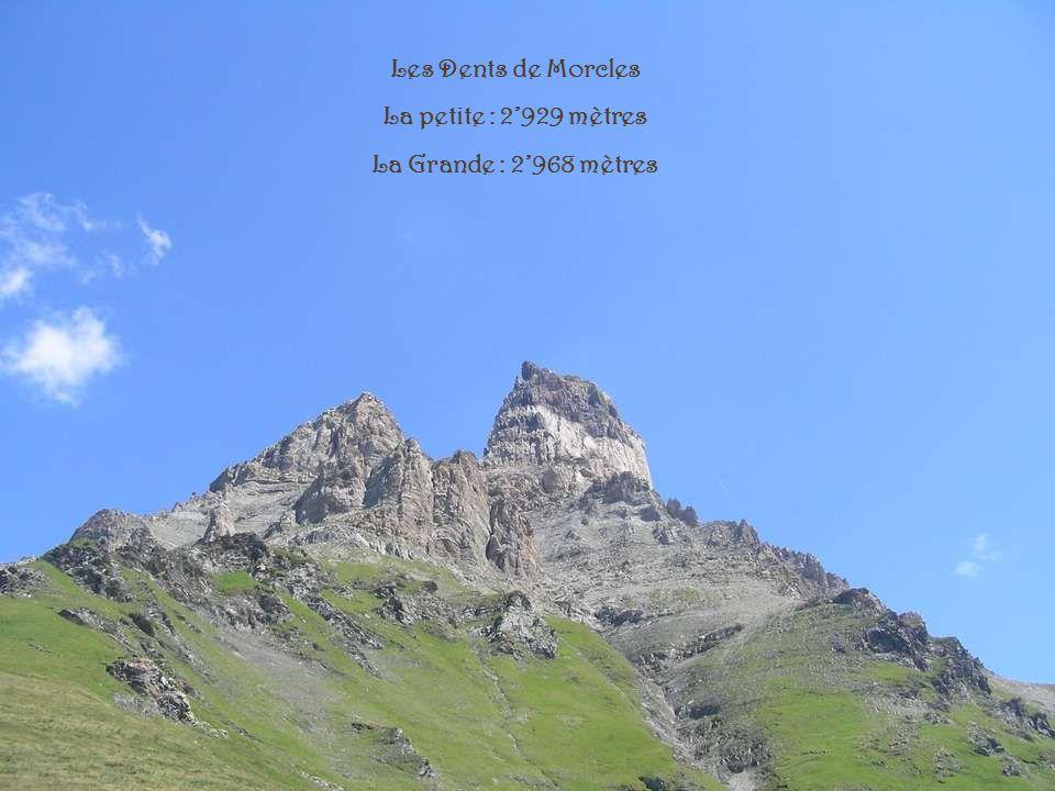 La tour de Mayen 2326 mètres La tour DAï 2331 mètres
