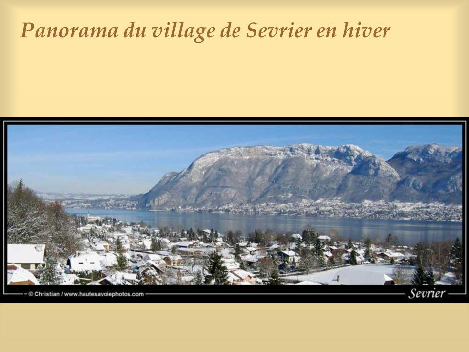 Le lac vu depuis le port de Sevrier en hiver