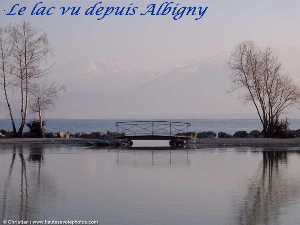 ` Le lac vu depuis Albigny