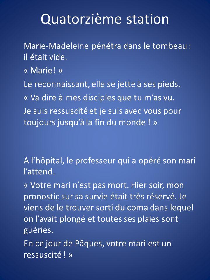 Marie-Madeleine pénétra dans le tombeau : il était vide. « Marie! » Le reconnaissant, elle se jette à ses pieds. « Va dire à mes disciples que tu mas