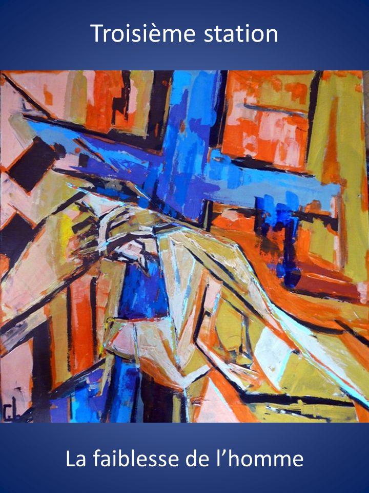 Jésus trébucha et tomba sous le poids de la croix.