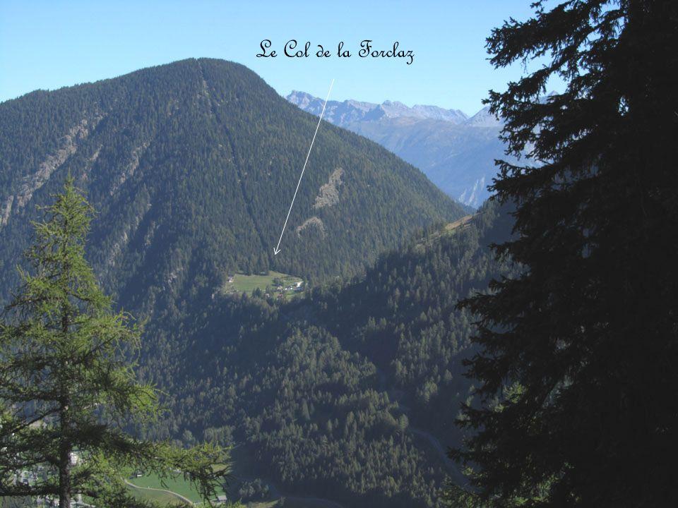 La plaine du Rhône Avec les Alpes Bernoises La Pierre Avoi