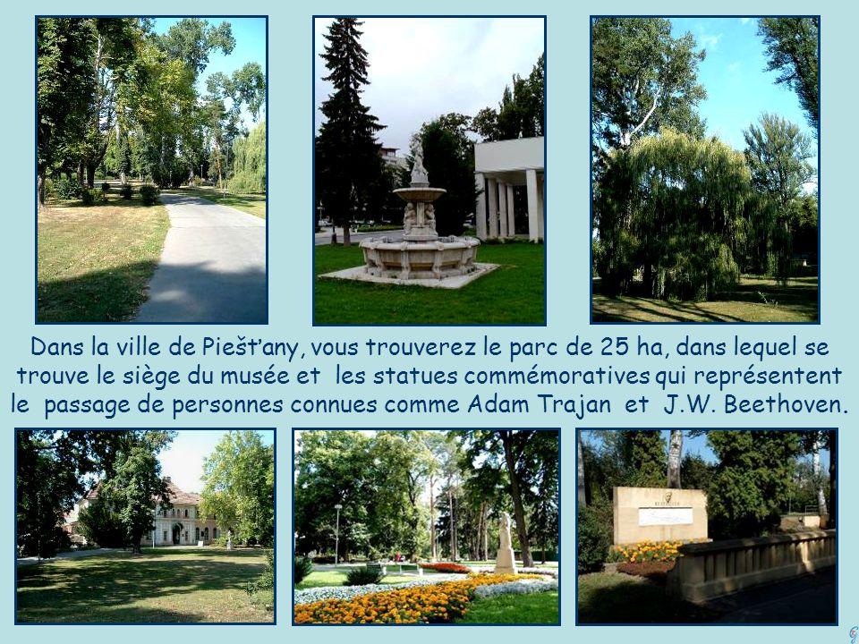 Dans la ville de Piešťany, vous trouverez le parc de 25 ha, dans lequel se trouve le siège du musée et les statues commémoratives qui représentent le