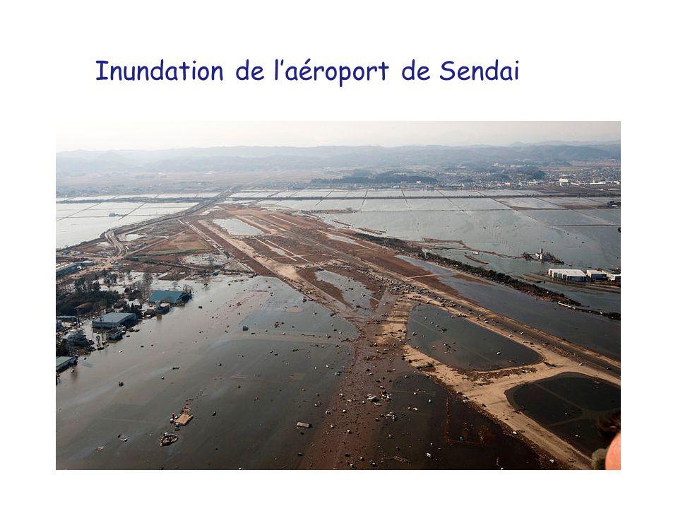 Inundation de laéroport de Sendai