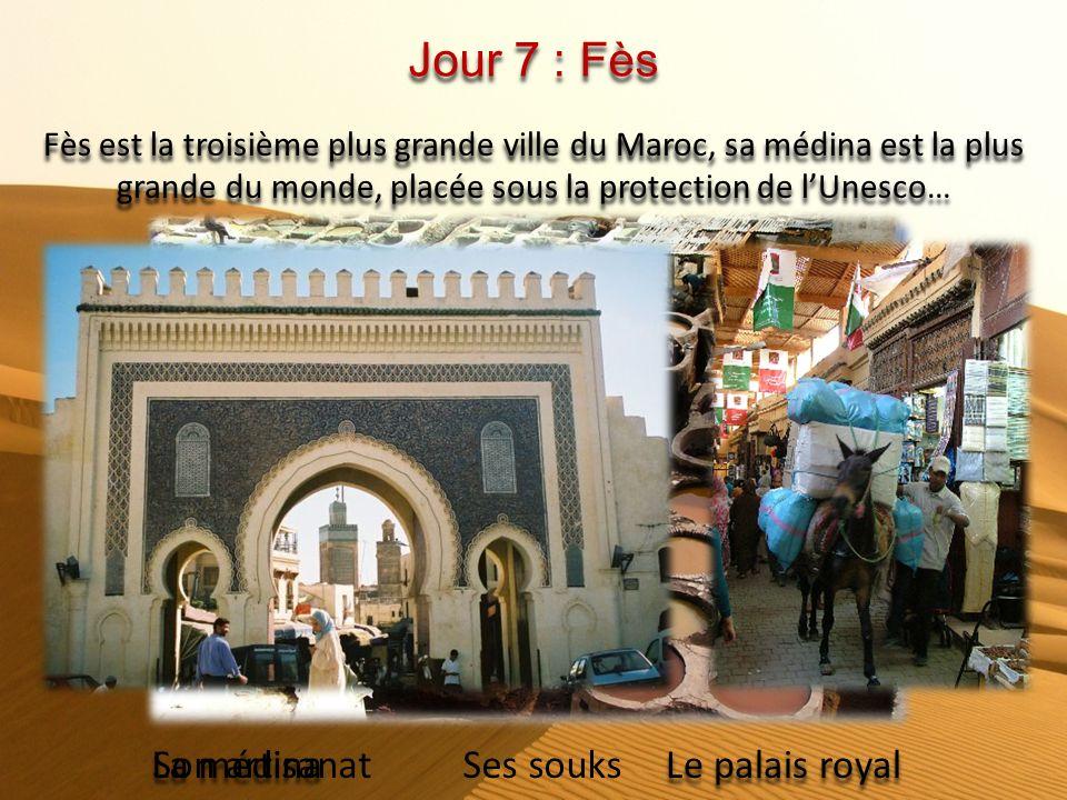 Jour 6 : Tétouan - Chefchaouen - Fès Départ pour Tétouan via Malabata, Ksar Essaghir. Tour dorientation puis Chefchaouen : découverte de la médina. Co