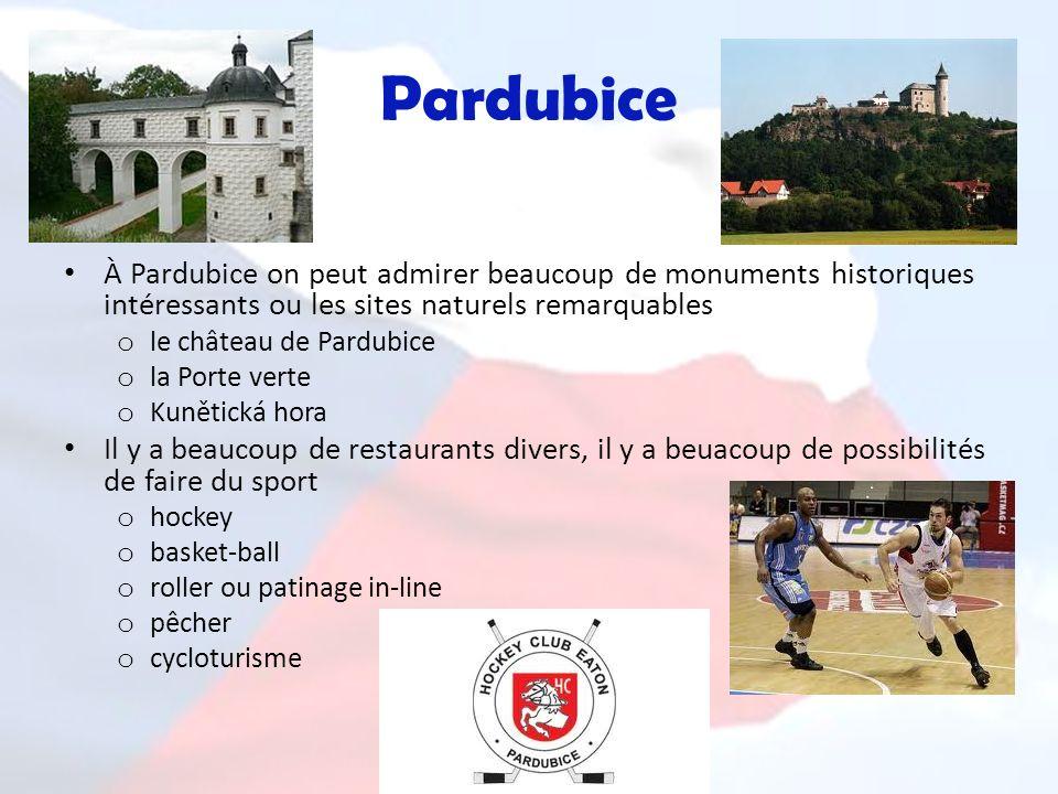 Pardubice À Pardubice on peut admirer beaucoup de monuments historiques intéressants ou les sites naturels remarquables o le château de Pardubice o la