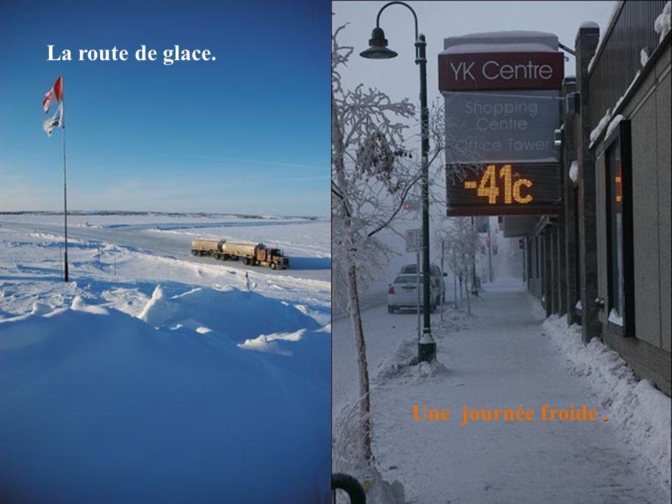 Pour s'y rendre, une route de glace privée y a été construite par les compagnies de diamants exploitant la mine. 400 km de route de glace. Très danger