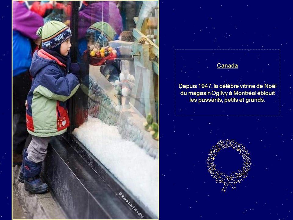 CANADA Une rue de Québec, la Capitale provinciale, décorée pour le temps des fêtes.